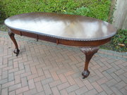 Antique Mahogany Extending Din