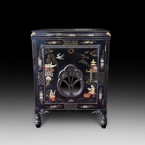 1920's Chinoiserie Cocktail Cabinet