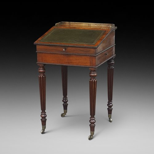 Gillows Early Victorian Rosewood Writing Table