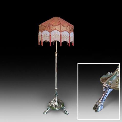 Victorian Brass Extending Standard Lamp