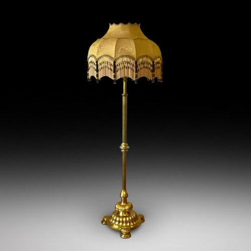Victorian Brass Telescopic Standard Lamp