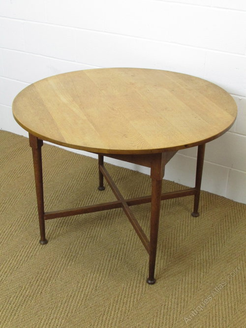 Heal 39 s oak circular breakfast dining table antiques atlas - Heals dining table ...