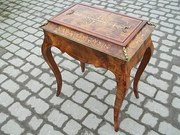 Antique burr walnut inlaid jar
