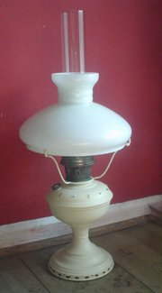 Painted oil lamp base with mil