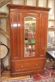 Late Victorian Mahogany Wardob