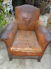 ANTIQUE ENGLISH LEATHER ARMCHA