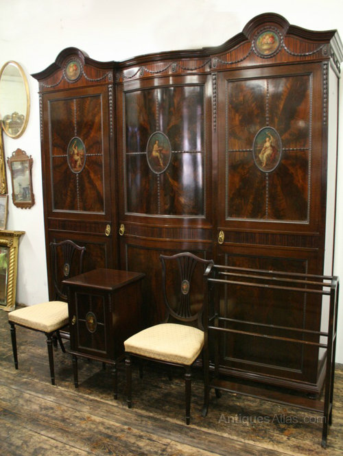 Mahogany and painted 5 piece bedroom suite antiques atlas for Vintage bedroom suite