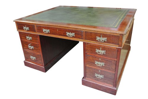 Mahogany Partners Desk