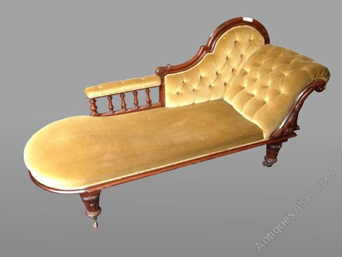Chaise lounge antiques atlas for Antique chaise longue for sale uk