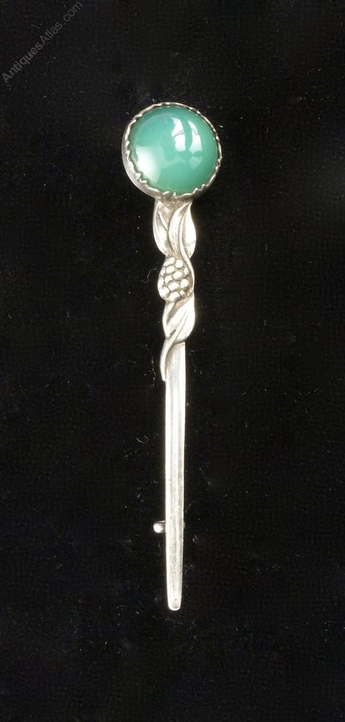 Ars & Crafts Silver and Chrysoprase Brooch c1930