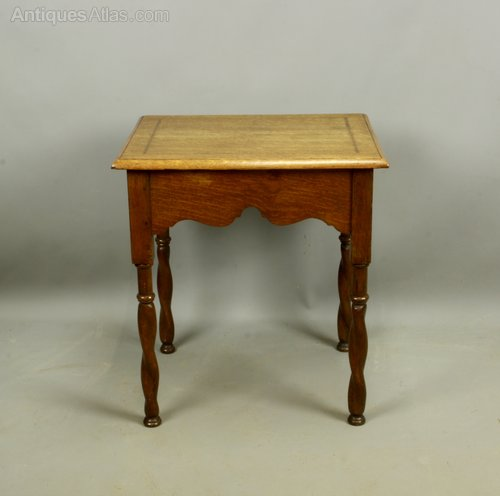 Arts & Crafts Inlaid Oak Occasional Table c1910