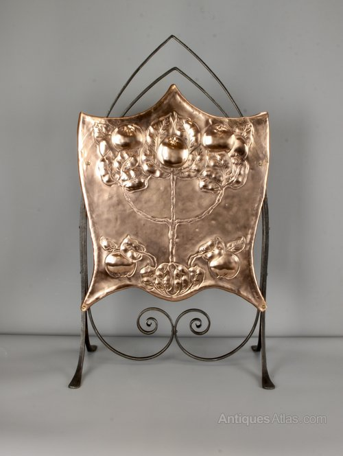 Arts & Crafts Wrought Steel and Copper Fire Screen