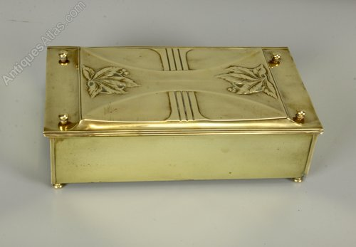 Carl Deffner Art Nouveau Brass Box c1910