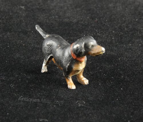 Cold Painted Miniature Dachshund circa 1920