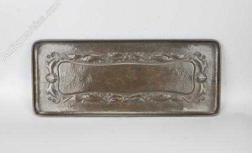 Newlyn Arts & Crafts Copper Fish Tray c1900