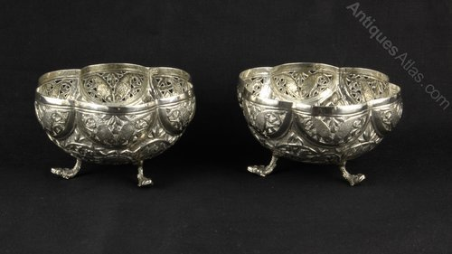 Pair Indian Silver BonBon Dishes Calcutta c. 1910