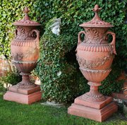 A large decorative pair of ter