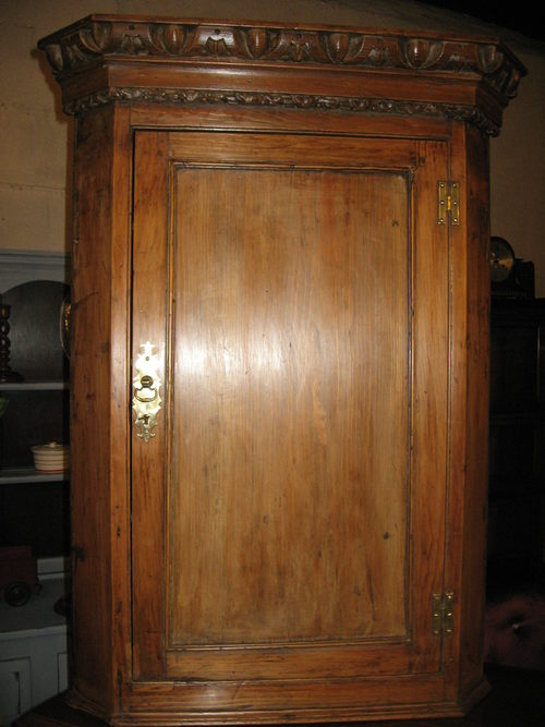 19 th Century Pine corner Cupboard