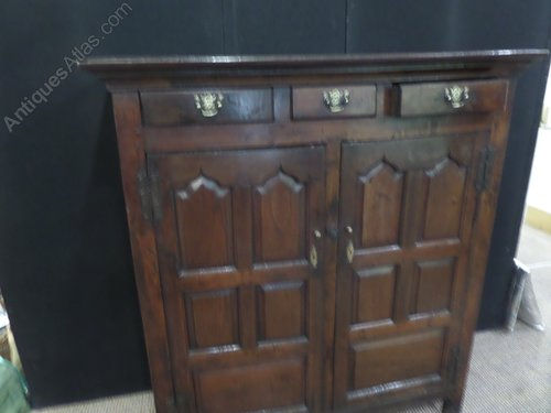 18c Welsh oak hall cupboard c1740 ex rare!