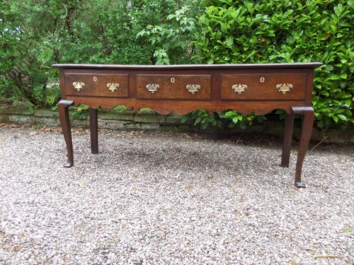 Antique 18thc oak Cheshire dresser base on cab leg