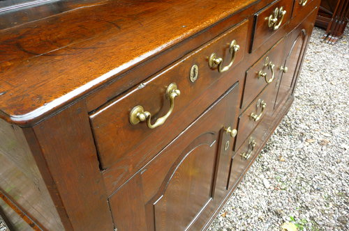 Antique small oak Welsh dresser c1740
