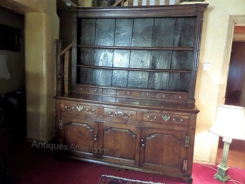 Superb 18thc oak dresser with spice drawers c1740