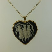 Heart Shape Cameo Brooch Penda