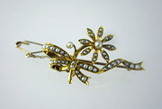Lovely Victorian 18ct Brooch