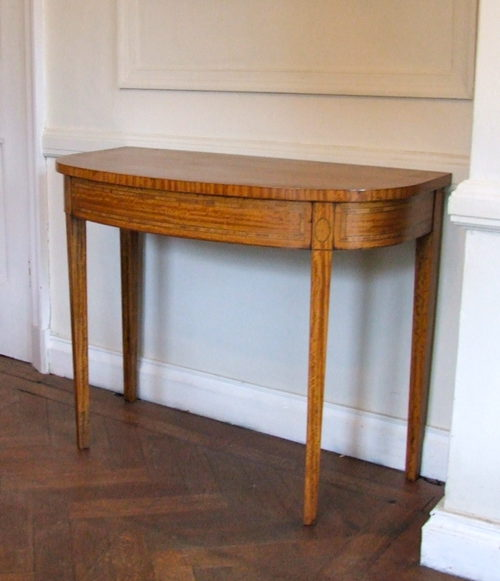 Satin wood demi lune table antiques atlas - Table cuisine demi lune ...