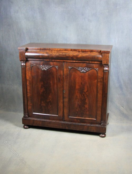 William IV Mahogany Chiffonier / Sideboard