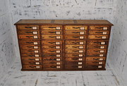 Wide pine multi drawer chest C1900