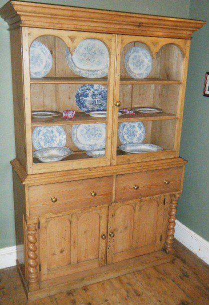 Pine cabinet antiques atlas for Antique pine kitchen cabinets