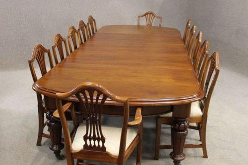 Victorian Mahogany Extending Dining Table Antiques Atlas : VictorianMahoganyExtendingDas175a1013b from www.antiques-atlas.com size 500 x 333 jpeg 28kB