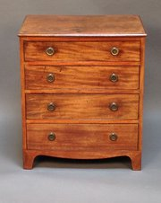 Early 19tthc Mahogany Chest of
