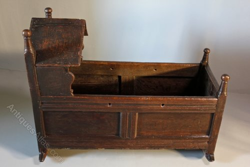 17th Century Oak Baby's Cradle
