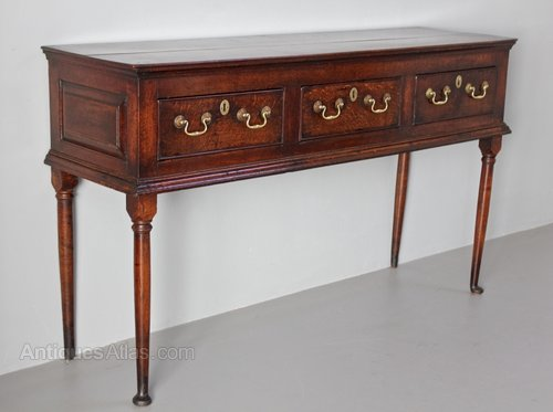 18th Century Small Oak Dresser. U610