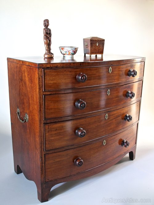 19th Century Bow Front Chest of Drawers.
