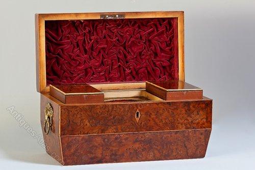 19th Century Burr Yew Wood Tea Caddy. T655