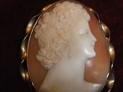Large 9ct Cameo Brooch