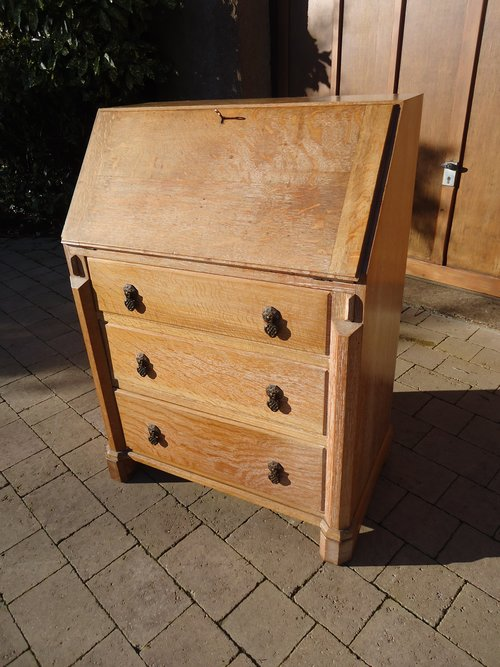 1930's limed oak bureau.  Heals? Brynmawr?