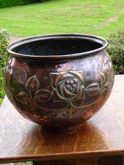 Arts & Crafts Mackintosh rose jardiniere