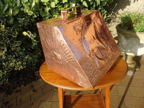 Arts & Crafts Newlyn School coalbox