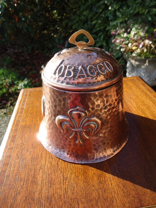 Arts & Crafts copper tabacco jar