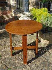 Arts & Crafts lamp table in oak