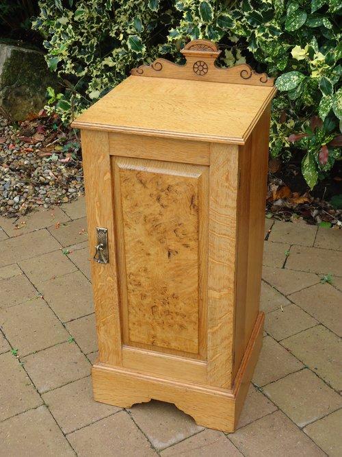 Arts & Crafts oak bedside cupboard