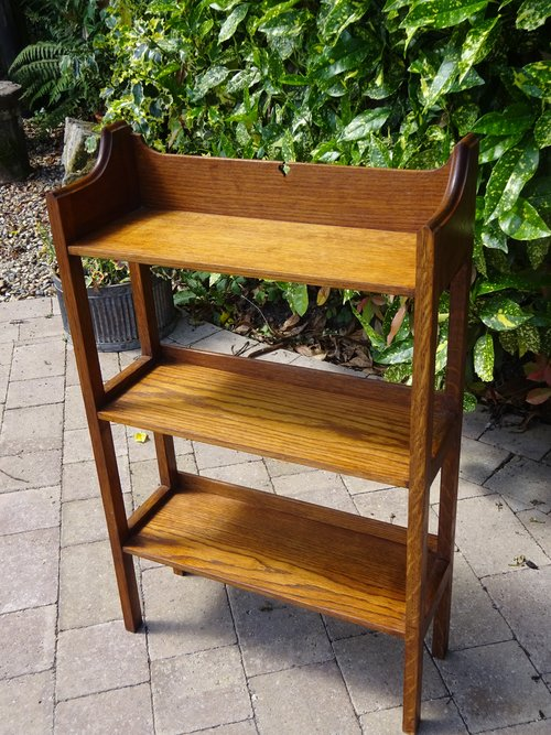 Arts & Crafts oak bookshelves - Heals