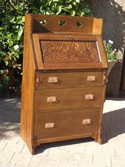 Arts & Crafts oak bureau for Liberty