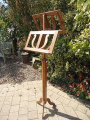 Arts & Crafts oak duet music stand