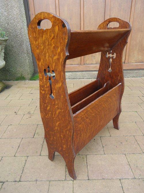 Arts & Crafts oak magazine rack