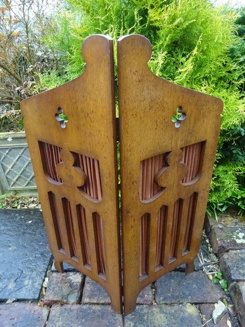 Arts & Crafts oak screen - Liberty